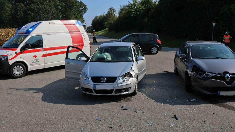 Verkehrsunfall im Kreuzungsbereich Laab