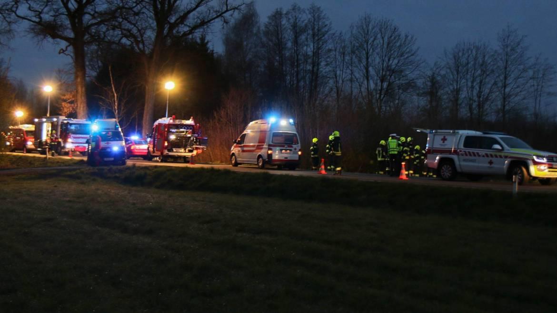 Verkehrsunfall mit eingeklemmter Person in Andorf